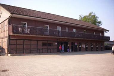 saloonhaus